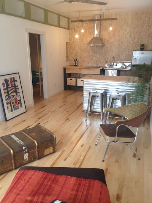 Room Kitchenette Rent Montreal