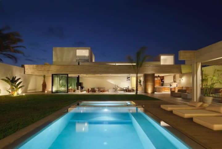 LUXURY retreat Home in Paracas national r