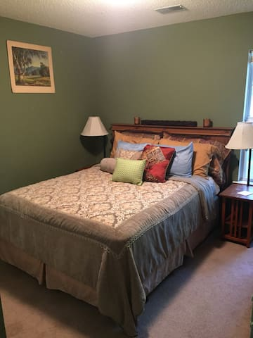 Cozy Bluffton Cottage - Bluffton - Talo