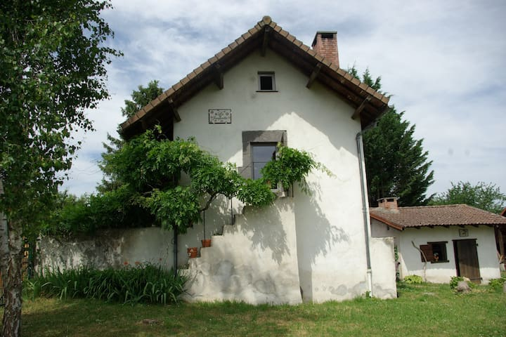 La Jacquotte - Charbonnières-les-Vieilles - Hus