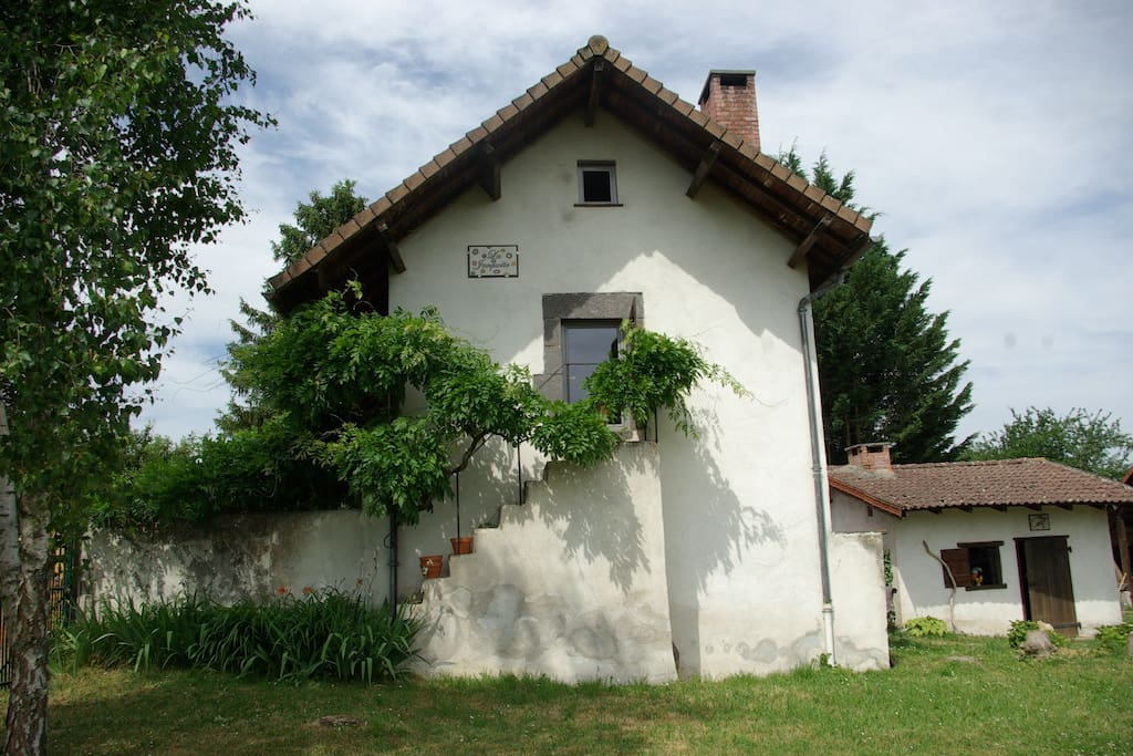 la jacquotte houses for rent in charbonni res les. Black Bedroom Furniture Sets. Home Design Ideas