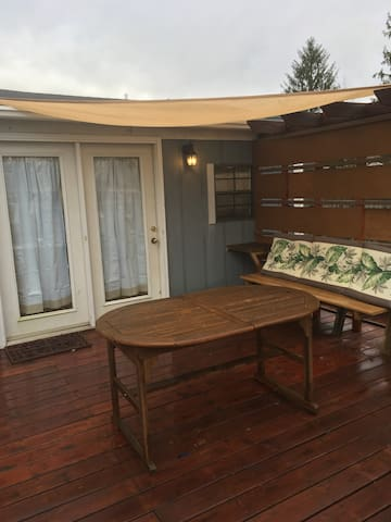 Studio 54: Private cottage, 30-day