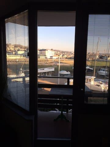 COSY SUNNY STUDIO CINEMA-MARINA DEAUVILLE POUR 2 - Deauville - Apartamento