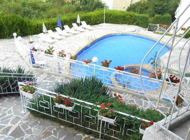Apartment with wonderful sea view - Kavarna