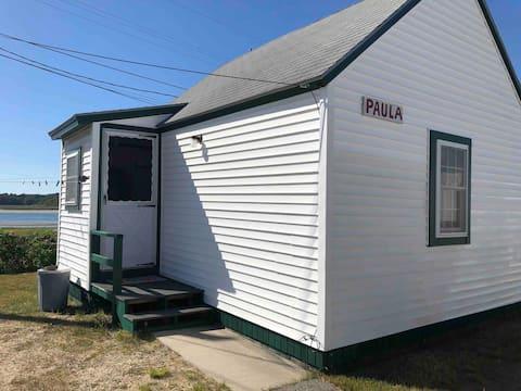 "Seaside Cottages 'The Paula"""