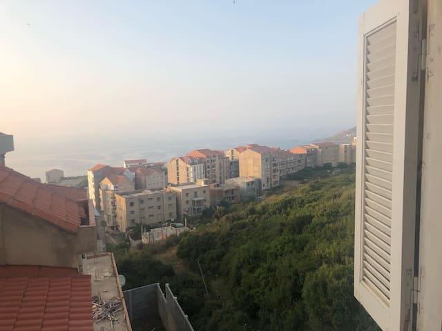 Appartement à TIGZIRT spacieux vue sur mer