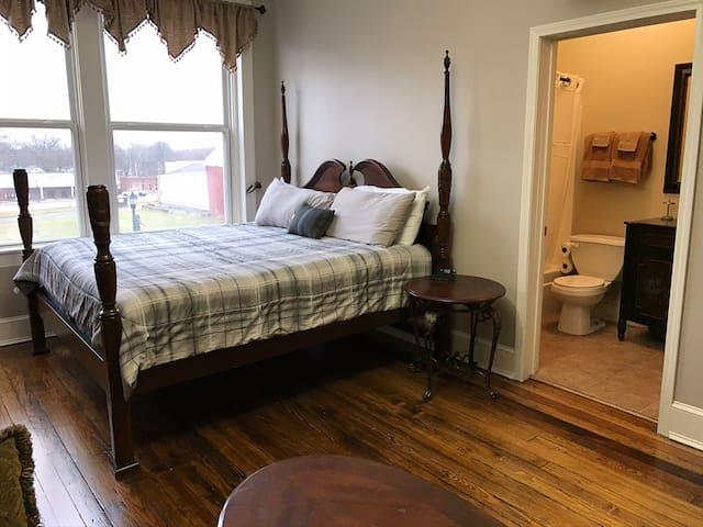 Wentworth Hotel Room 4