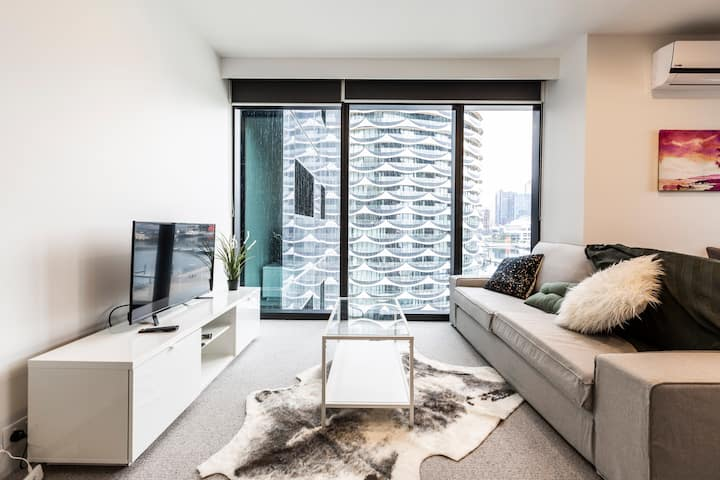 Beautiful Docklands Apartment near MARVEL Stadium