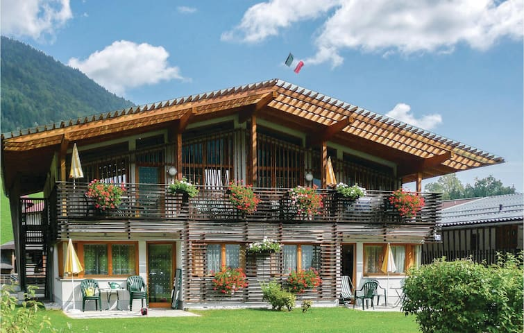 Holiday apartment with 2 bedrooms on 70 m² in Kirchdorf/Tirol