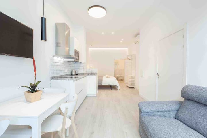 BRAND NEW: LUR Apartments Getaria #1
