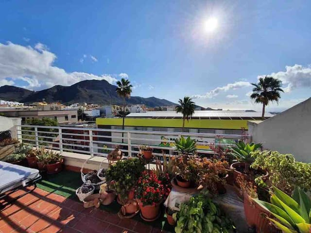 Sunny apartment 10mins from Los Christianos