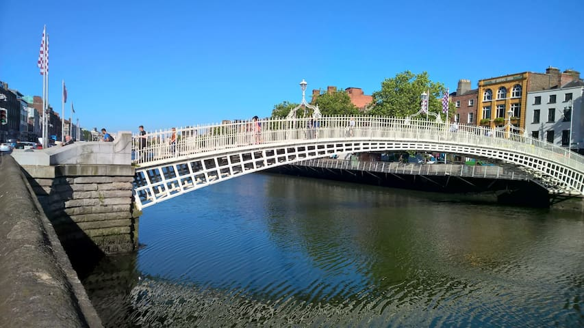 City Centre Luxury, Liffey view, 100m Temple Bar