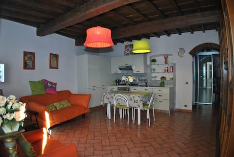 schöne Wohnung im toskanischen Stil