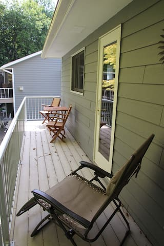 Morgan guest cottage balcony facing Clearwater Lake.