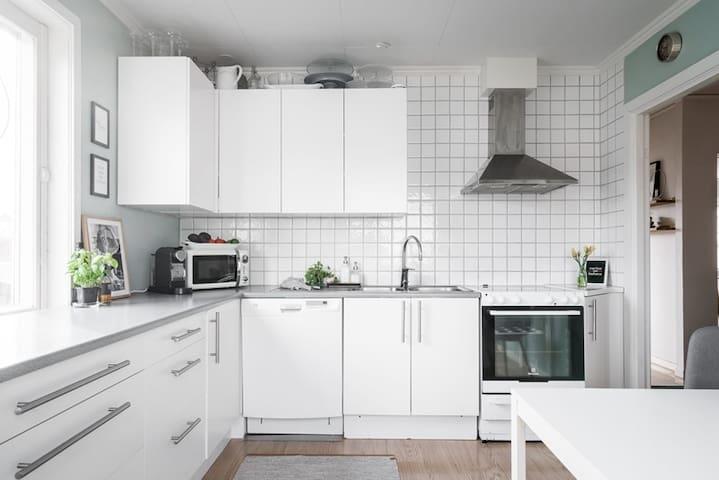 Central 85m2 lägenhet,15 min gångväg till Liseberg