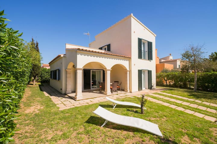 Vacation home near the beach - Casa Can Toni