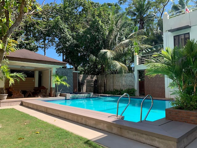 Danao Panglao 1bedroom aircon with pool
