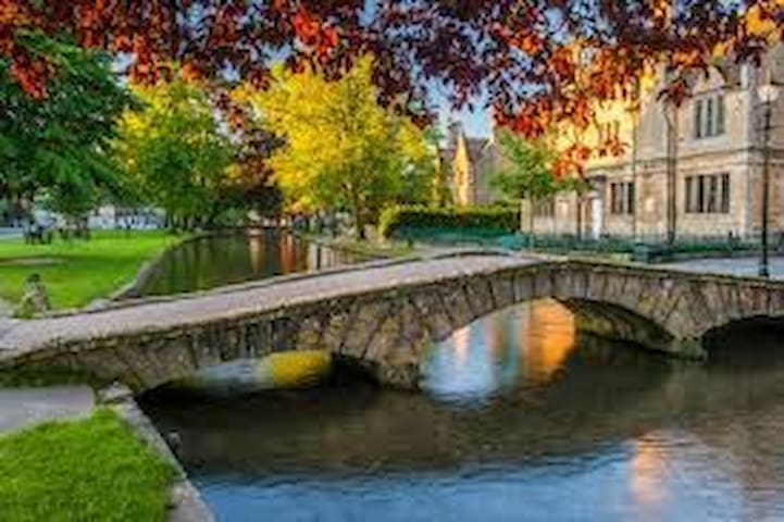 Guidebook for Bourton-on-the-Water