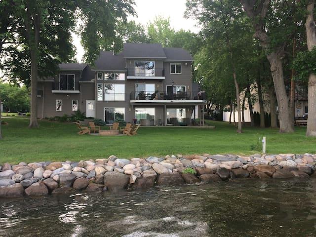 Lake Minnetonka Lakehouse Vacation or Ryder Cup! - Lake Minnetonka