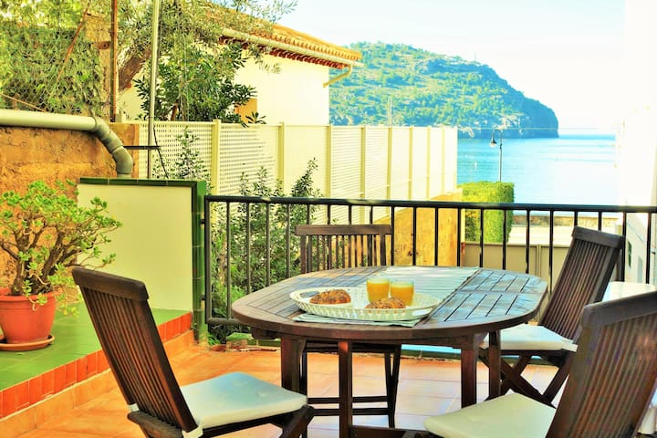 Soller Port Apartment, 60m to the sea, terrace.