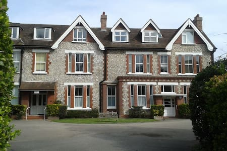 Apartment in Beautiful Historic Building - Eastbourne - Διαμέρισμα