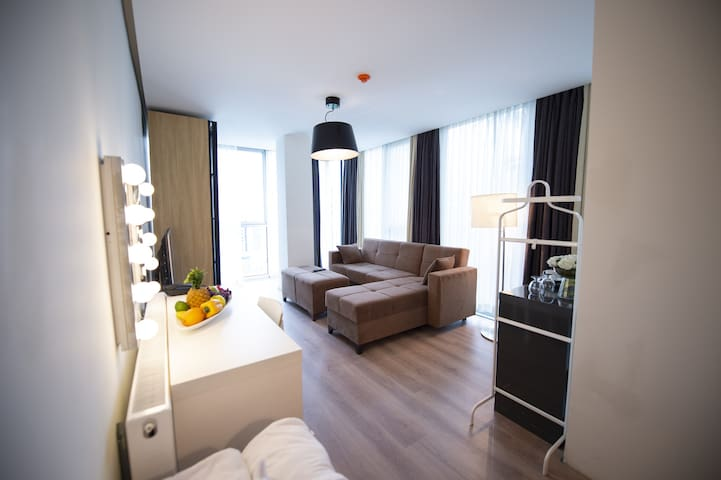We Residence - DeluxeSuite7 - very central&stylish