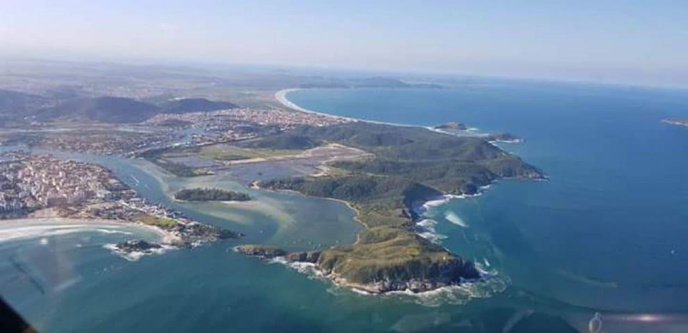 Praia do Peró  Facilidades em Cabo Frio