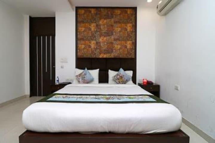 Deluxe Room With Breakfast in Sector 66, Noida