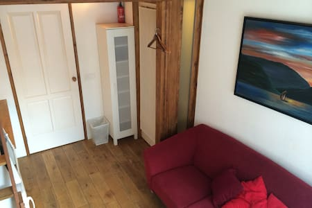 Split level studio in Short Stay Zw - Zwolle - Bed & Breakfast