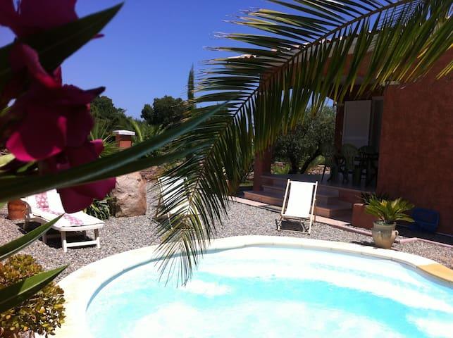 Maison tout confort avec piscine, proximité mer - Solaro - Haus