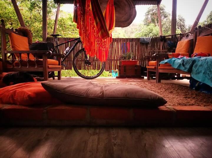 Casa. La Happycleta