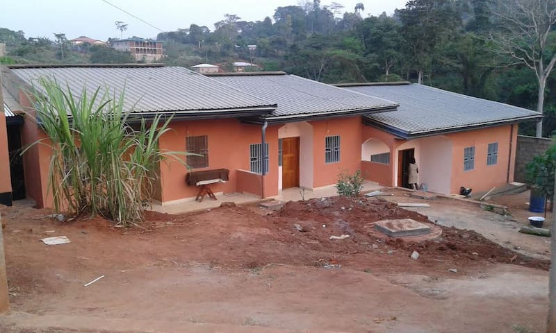APPARTEMENTS MEUBLES ET EQUIPES A NYOM II - Yaounde - Daire