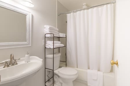 ☆!Big Townhouse 25 min to Disney & 15 min to MCO!☆ - Orlando - Huis