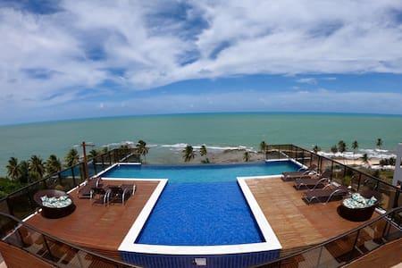 Paraíba, paraíso. Lindo flat na praia de Carapibus