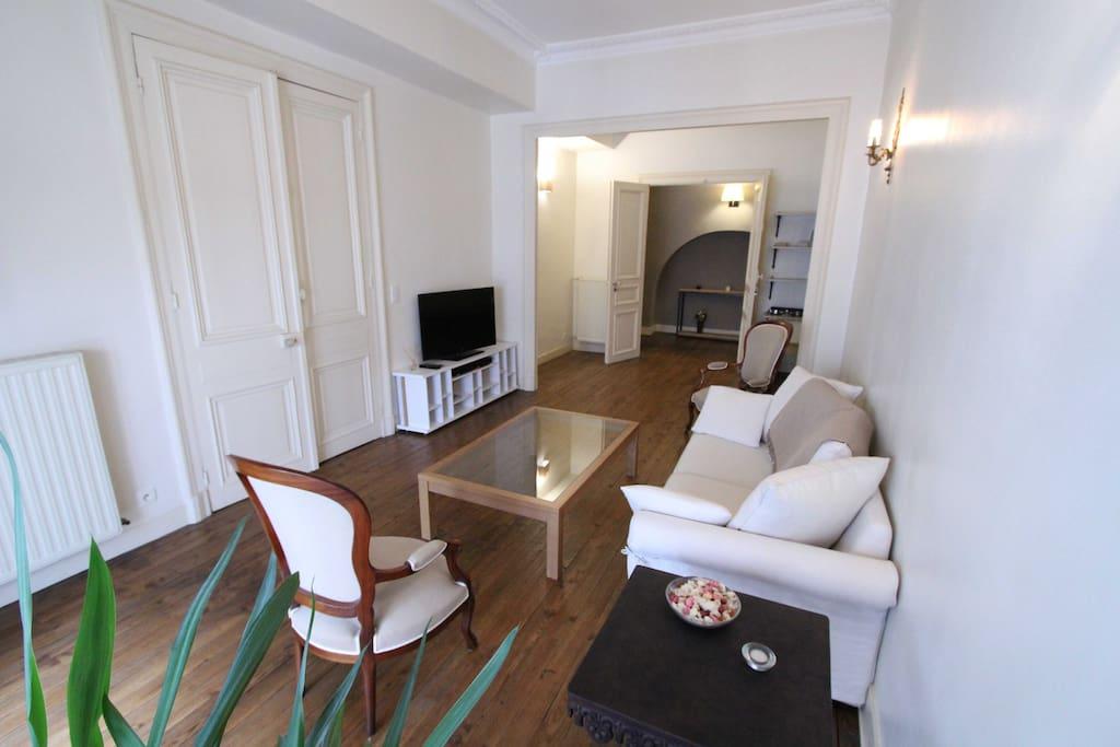Appartement de charme centre ville de pau 64 for Location bureau pau 64