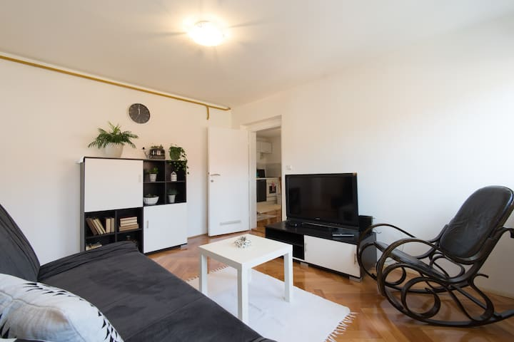 Charming flat in the city centre. FREE parking - Sarajevo - Apartmen
