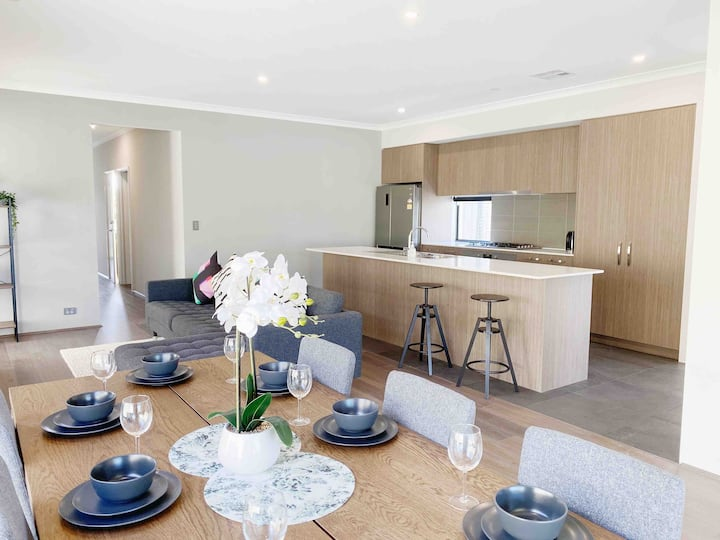 Perth Luxury New House close to CBD/Crown/SwanR