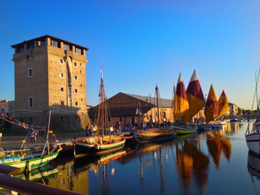 Cervia - The Saltworkers' village This beautiful seaside town dating back to the 1600's, is steeped in history. Held in these ancient walls tells the story of the families working in and around the salt pans, making Cervia famous for its rich salt.