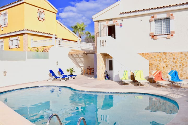 *VillaSol*   Private Pool, Lounge & BBQ