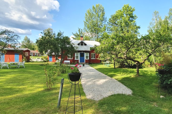Charming little red house in Fengersfors, Dalsland