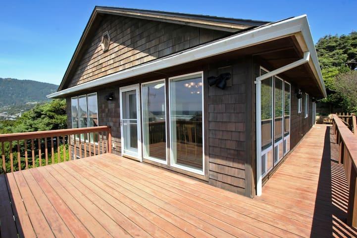 Wrap around deck with spectacular ocean and Neahkahnie Mountain views.
