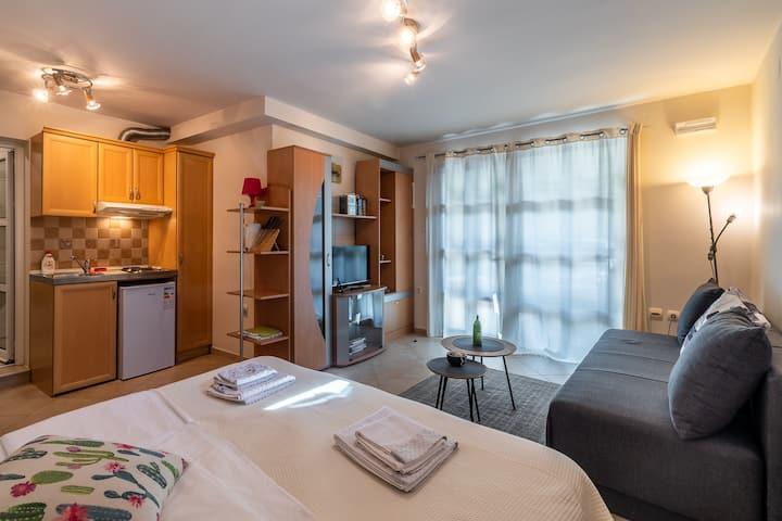 Center Cosy Garden Apartment