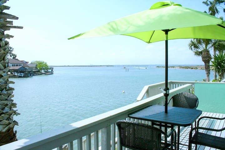Waterfront Getaway on Laguna Madre | Pool & Dock