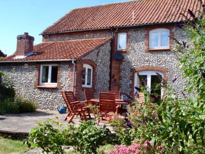 North norfolk 5 bedrm 10 bed .ring Hoxne house .
