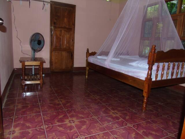 """El Guis Hostal en Ometepe Room """"El Chocoyo"""""""