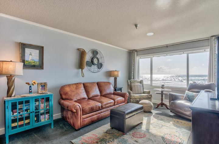 Beautifully decorated top floor condo with amazing views.