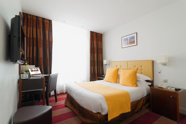 Hotel Astra Opera**** Double room - FREE Breakfast