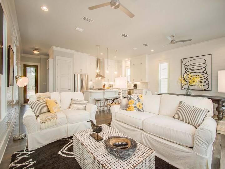 2 King Suites! Next to Seacrest Pool & Beach*! 5 Bikes! Rooftop Grill! - Gulfstream V - Seacrest 30A