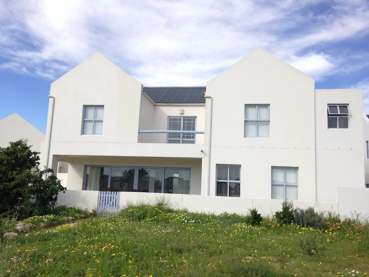 PERFECT 10 Langebaan Holiday Homes by 0835652873
