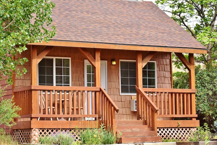 Big Wooden Porch for Two & Throw in Breakfast too